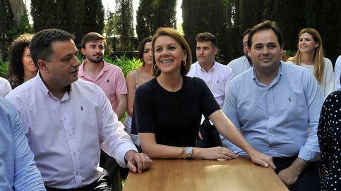 El aparato del PP apuesta por el presidente de Albacete en la sucesión de Cospedal