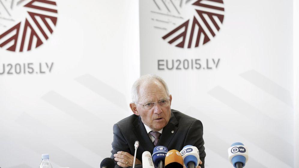 Foto: El ministro de Finanzas alemán, Wolfgang Schauble, durante una conferencia de prensa en abril. (Reuters)