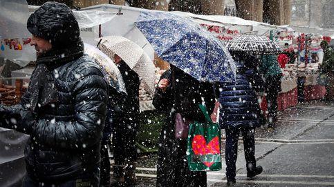 El tiempo invernal llega a España con alertas de la AEMET por nieve y fuertes vientos