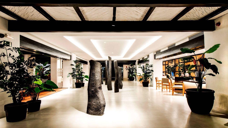 Foto: Desde la entrada, el Hotel Jardín Tropical destaca su defensa de lo natural y lo ecológico.