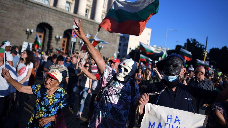En Bulgaria las calles arden por las protestas y por esto debería importarte como europeo