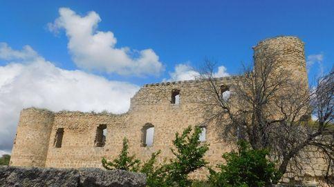 La historia del castillo medieval que se usó para hacer una carretera