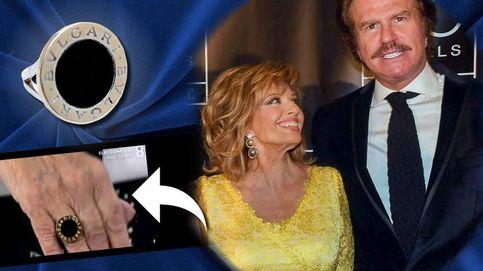 El anillo (de imitación) que Bigote le ha regalado a María Teresa Campos