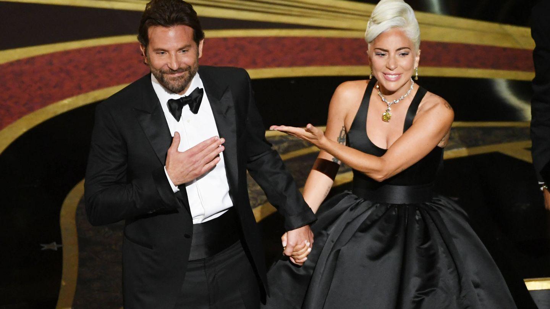 El actor y la cantante en la última edición de los Oscar. (Getty)