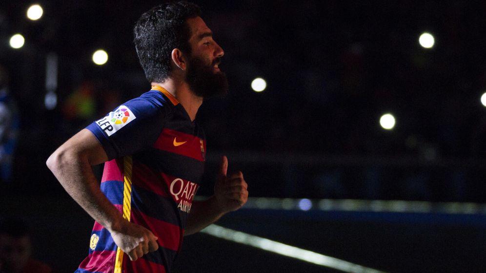 Foto: Arda Turan podría debutar contra el Espanyol en Copa (Cordon Press).
