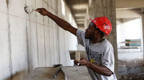 La falta de mano de obra dispara la entrada de inmigrantes (200.000 al año)