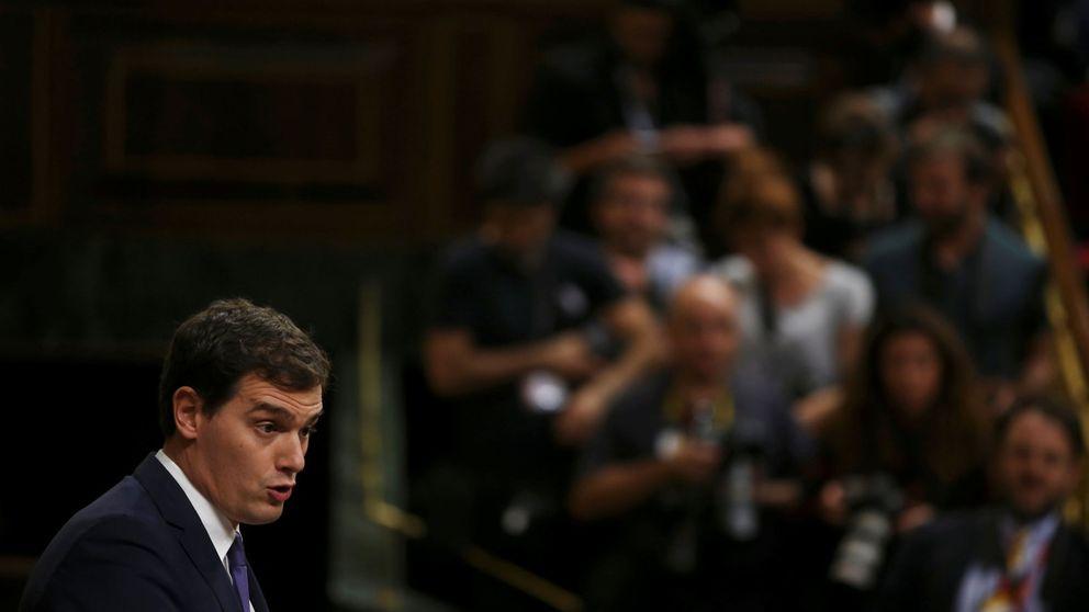 Rivera defiende con orgullo el sí a Rajoy y le pide que no tema la minoría