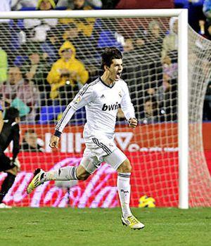 Foto: Mou a Morata: No te saco porque si marcas me metes en un lío…
