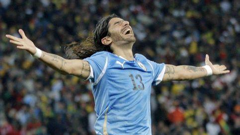 El 'Loco' Abreu, famoso por el gol que nunca marcó, ficha por su 21º club a los 39 años