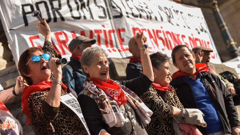 Foto: El movimiento de pensionistas de Bizkaia, en una movilización del pasado 10 de febrero en Bilbao.