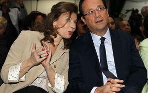 Trierweiler en su libro: Hollande llama 'sin dientes' a los pobres