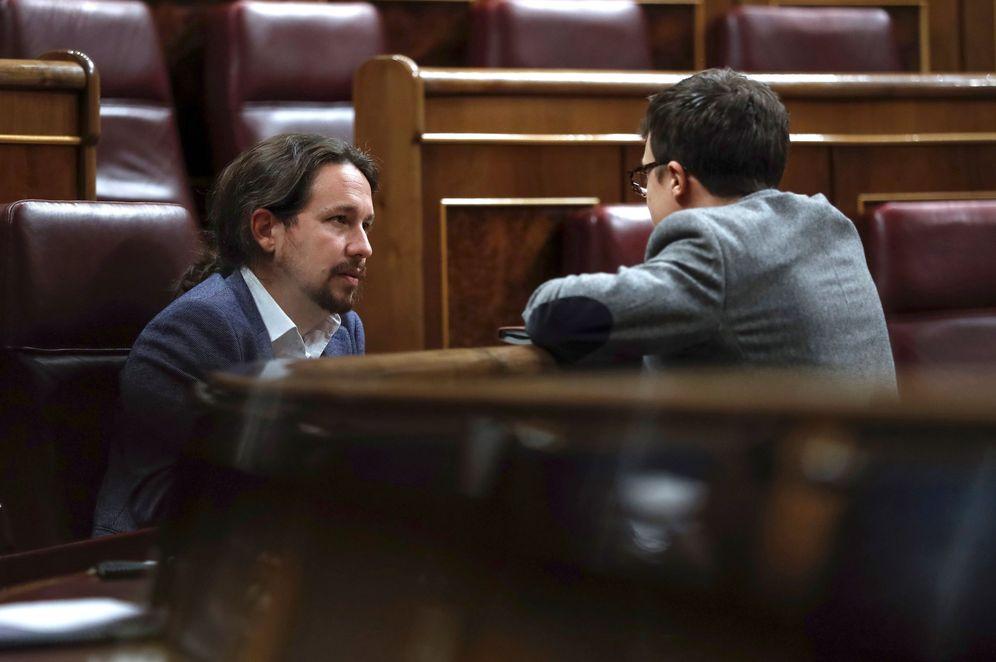 Foto: Iglesias y Errejón, en el Congreso. (EFE)