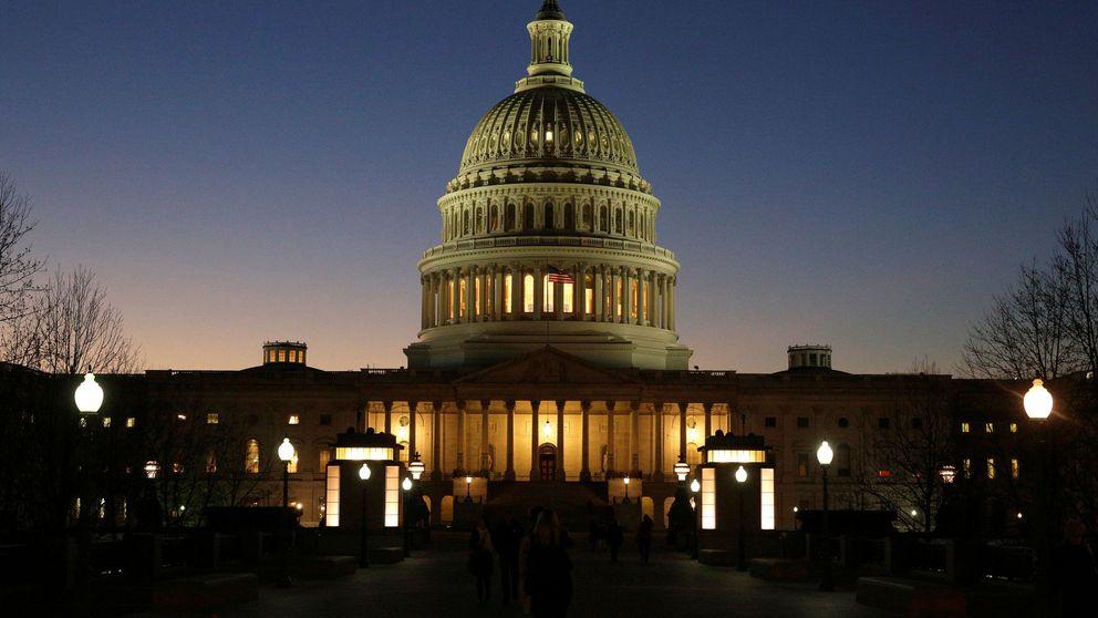 ¿Puede volver a 'cerrar' el Gobierno de EEUU? Si Trump insiste en su muro, sí