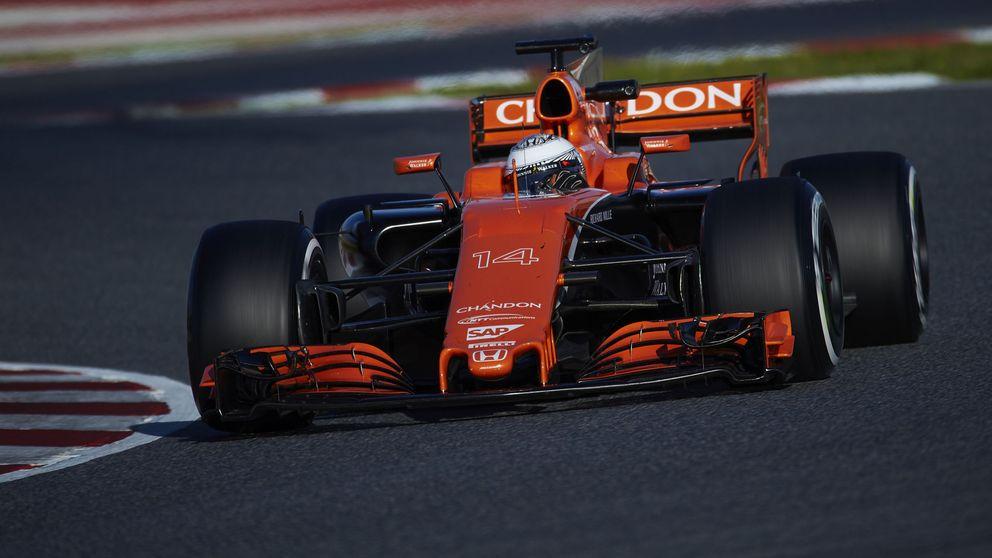 Aunque el McLaren ya rueda bastante, todavía está crudo... tenemos problemas
