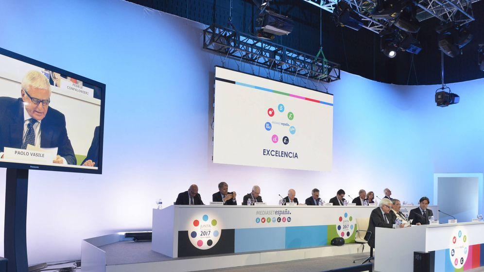 Foto: El consejero delegado de Mediaset, Paolo Vasile, durante la Junta General de Accionistas. (Mediaset)