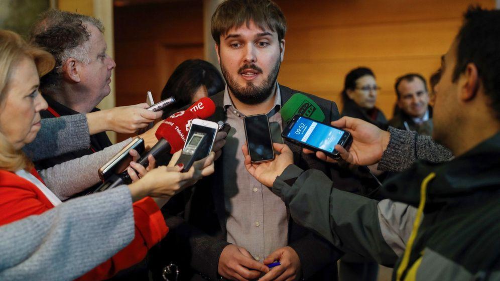 Foto: El exportavoz adjunto de Podemos en la Asamblea de Madrid Marco Candela. (EFE)