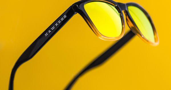 2ab09746a2 Redes Sociales: Las gafas de sol de Hawkers o cómo cuatro jóvenes de Elche  facturan 15 millones