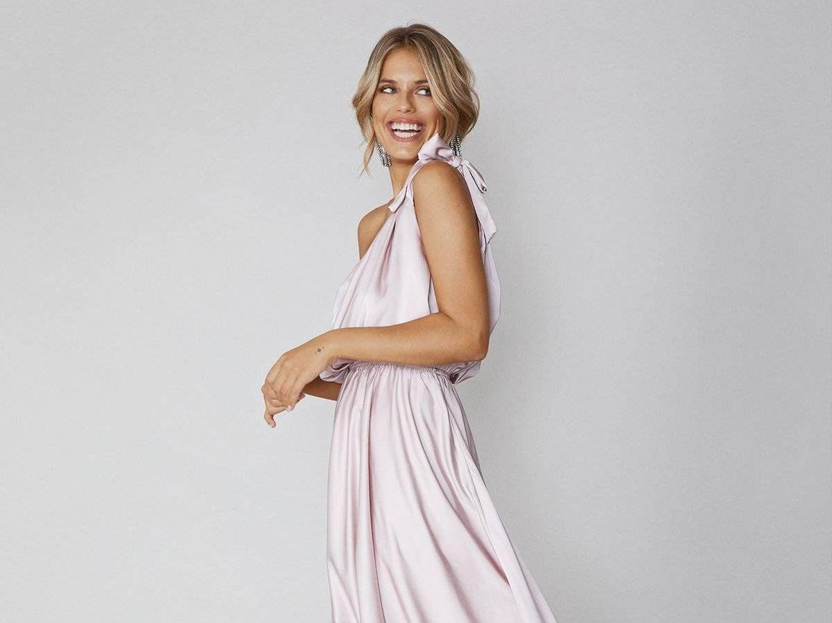 Foto: Vestido de invitada de Bruna Collection. (Cortesía)