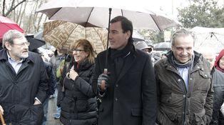 El PSOE prefiere salvar a sus 'coroneles' antes que recuperar el fortín de Madrid
