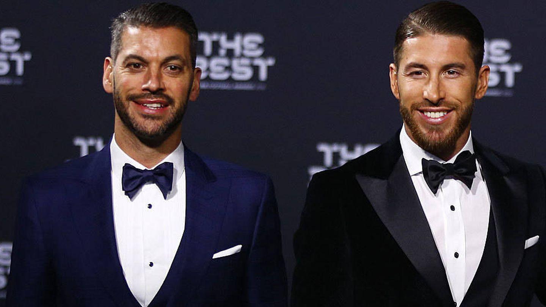 René y Sergio Ramos, en la gala de The Best. (Reuters)