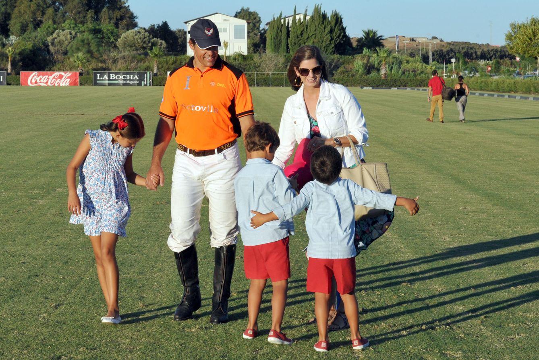 Foto: Luis Alfonso de Borbón y Margarita Vargas junto a sus hijos (Gtres)