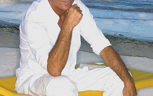 Julio Iglesias, ausente en el bautizo de su nieta