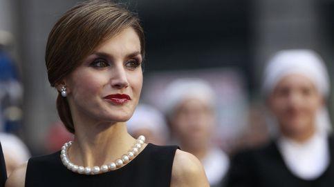 Tiaras, pendientes y collares de perlas: las joyas que la Reina ha estrenado en 2015