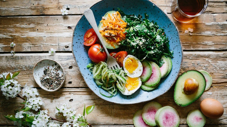 Errores que cometemos en la comida y que nos impiden adelgazar. (Unsplash)