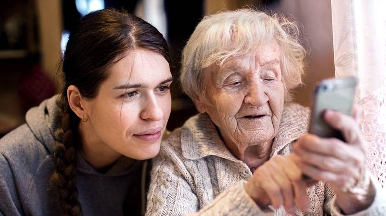 Vivir más y mejor: nuevas formas de cuidar a una población envejecida