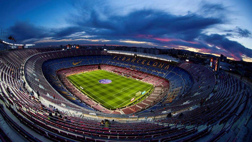 Foto: Imagen del Camp Nou, estadio del FC Barcelona, con sus gradas vacías. (EFE)