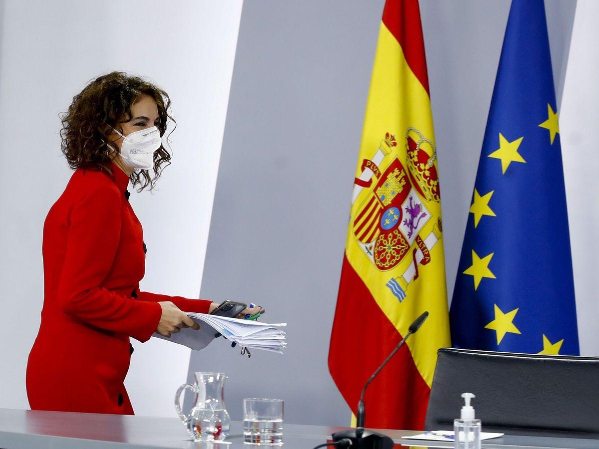 Foto: La ministra de Hacienda y portavoz del Gobierno, María Jesús Montero, en rueda de prensa tras reunión del Consejo de Ministros, hoy en el Palacio de la Moncloa. (EFE)