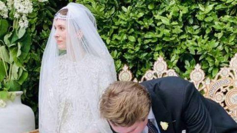 El vestido y las joyas de la hija de Noor de Jordania, primera novia royal poscovid