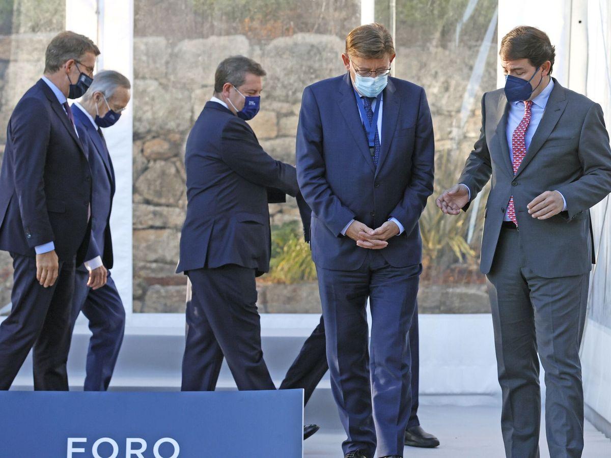 Foto: Ximo Puig y Fernández Mañueco; detrás, Feijóo y Page. (EFE)