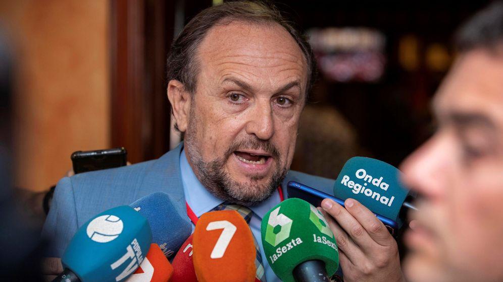 Foto: El negociador de Vox en Murcia, Luis Gestoso. (EFE)