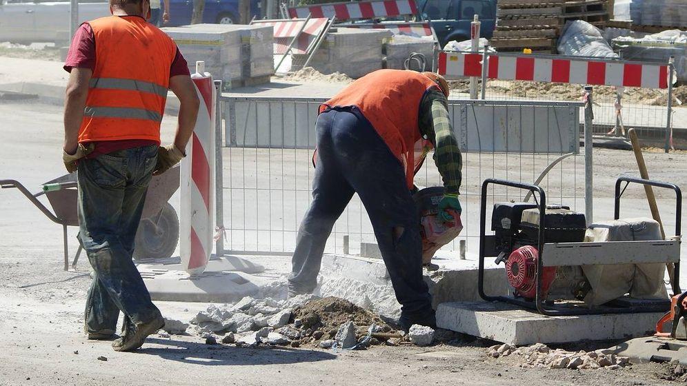 Foto: Trabajadores en una obra pública