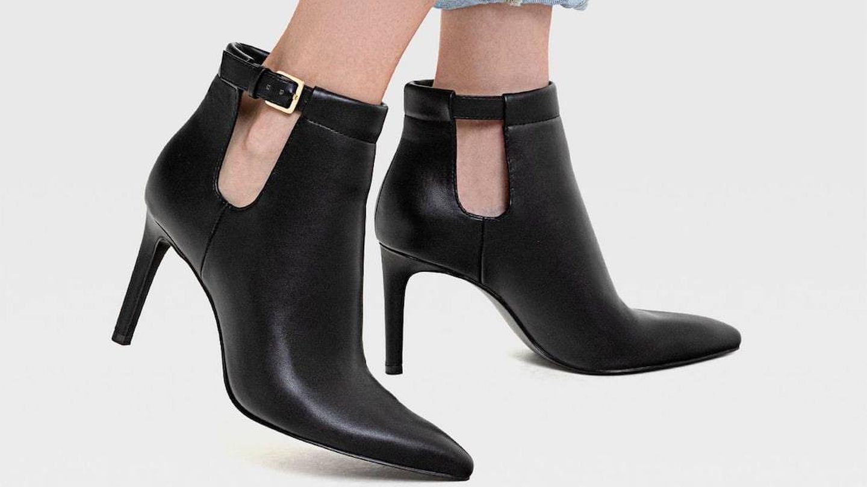 Zapatos de tacón de Stradivarius. (Cortesía)