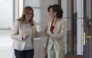 Ana Botín sigue a su padre y elige a Susana Díaz para su primera foto