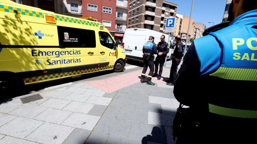 Detenido por apuñalar a su expareja en el tórax en una plaza de Salamanca
