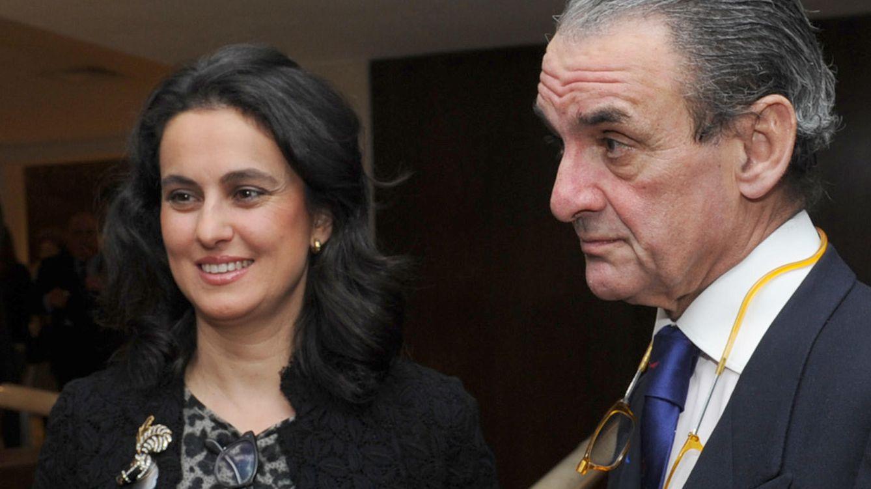 Foto: Mario Conde y María Pérez Ugena durante la presentación del libro del banquero 'De aquí se sale'