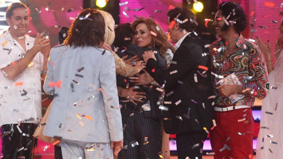 Foto: Los concursantes de 'Tu cara me suena' felicitan a Blas