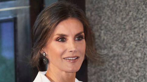 'Drama' en el Teatro Real: la reina Letizia con los mismos zapatos que la mujer de Peñafiel