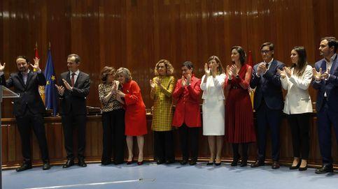 Duelo de pines en el nuevo Gobierno