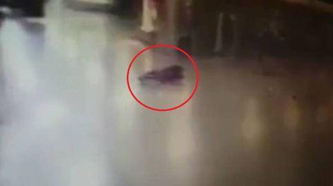 Uno de los terroristas de Estambul se inmola tras ser tiroteado por un policía