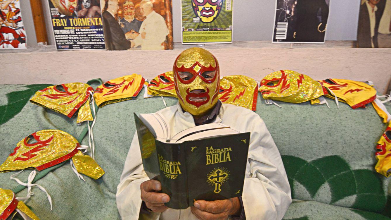 Foto: Fray Tormenta, uno de los personajes más conocidos de la lucha libre mexicana. (E. Vaquerizo)
