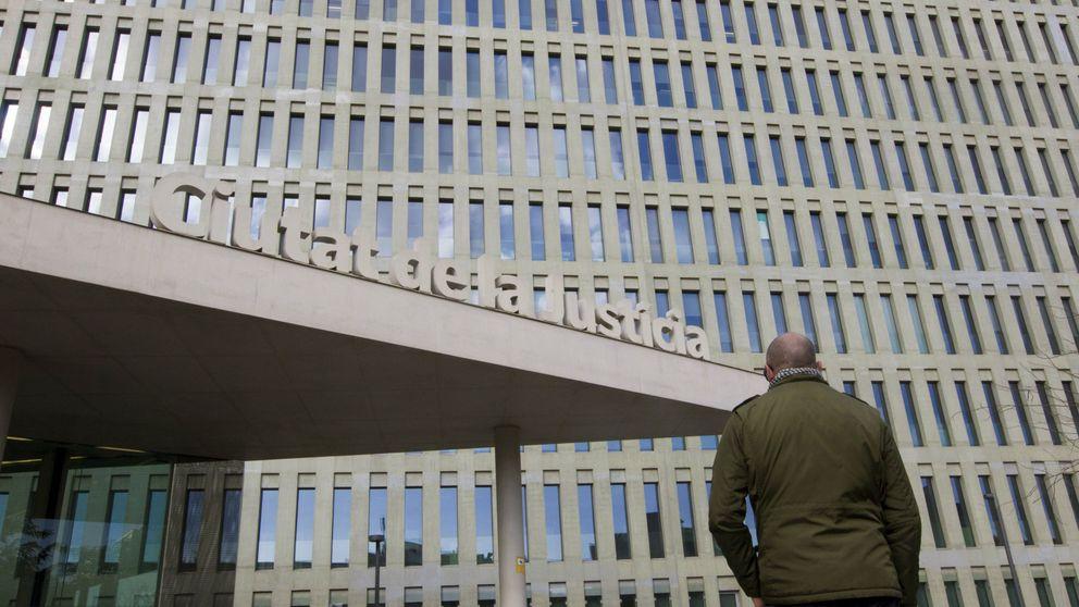 El juez rechaza como prueba un documental con la confesión del pederasta de Maristas