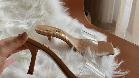Estas sandalias de vinilo de Zara ya han conquistado a las influencers