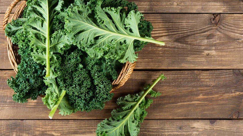 El kale tiene vitaminas del grupo B. (iStock)