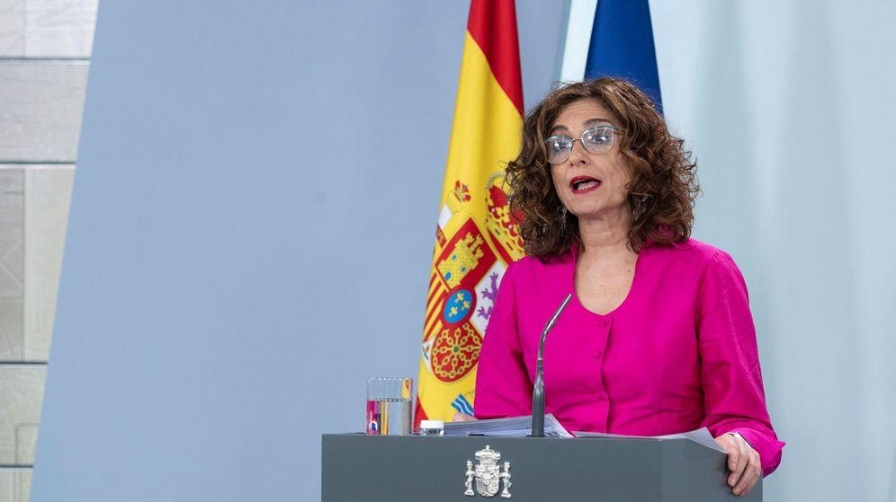 Foto: La ministra de Hacienda y portavoz del Gobierno, María Jesús Montero, durante una rueda de prensa en Moncloa. (EFE)