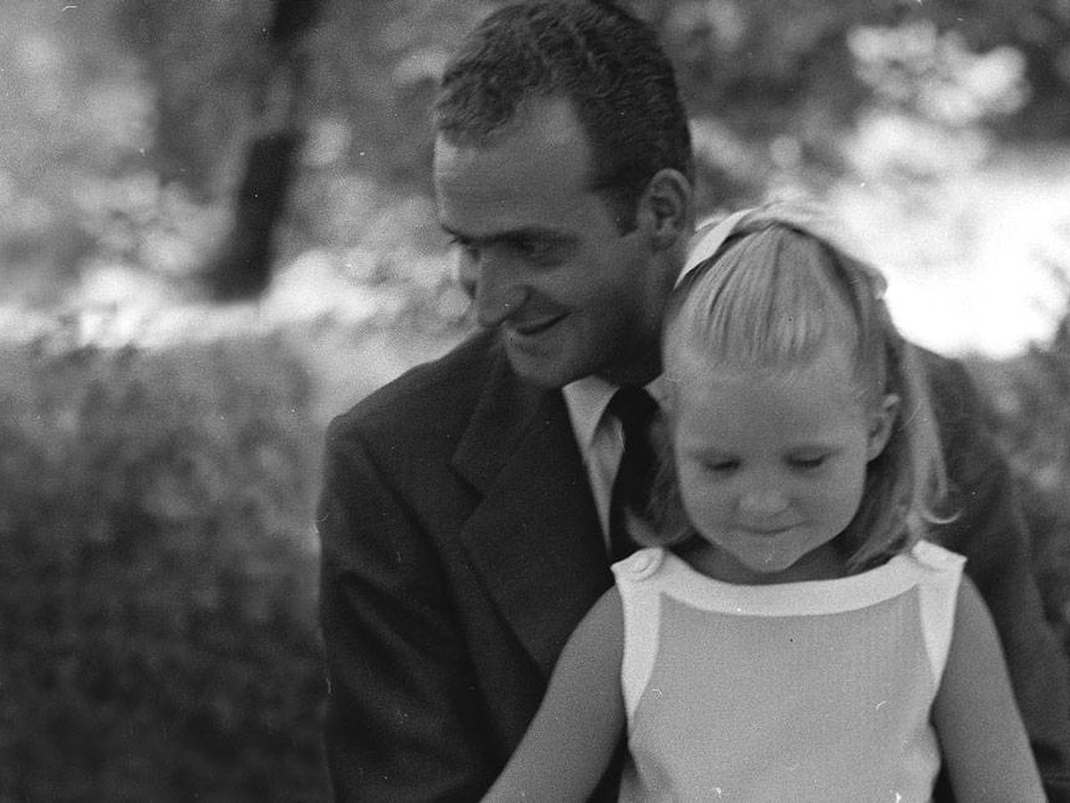 Foto: El rey Juan Carlos y la infanta Elena. (Getty)