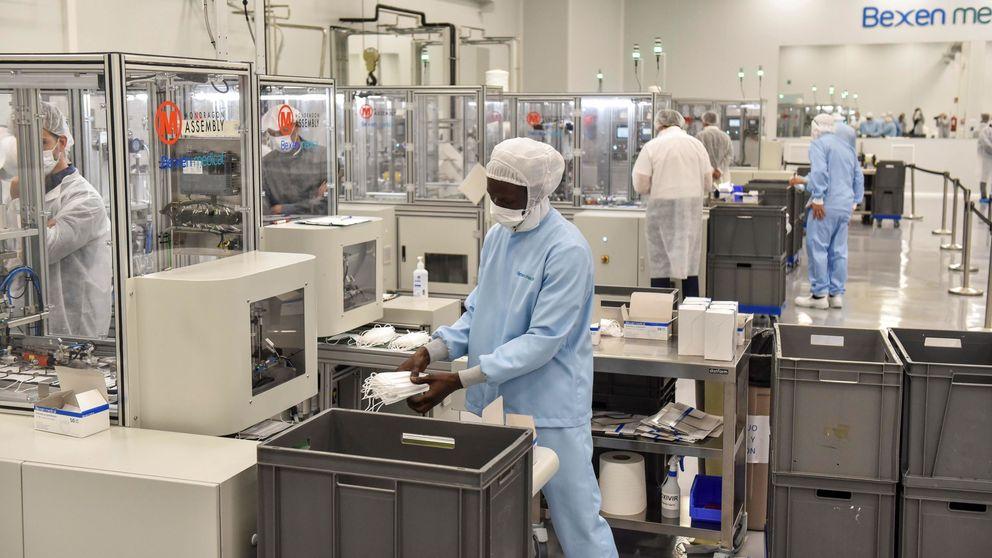 Diez millones de mascarillas al mes: dentro de la mayor planta de producción de España